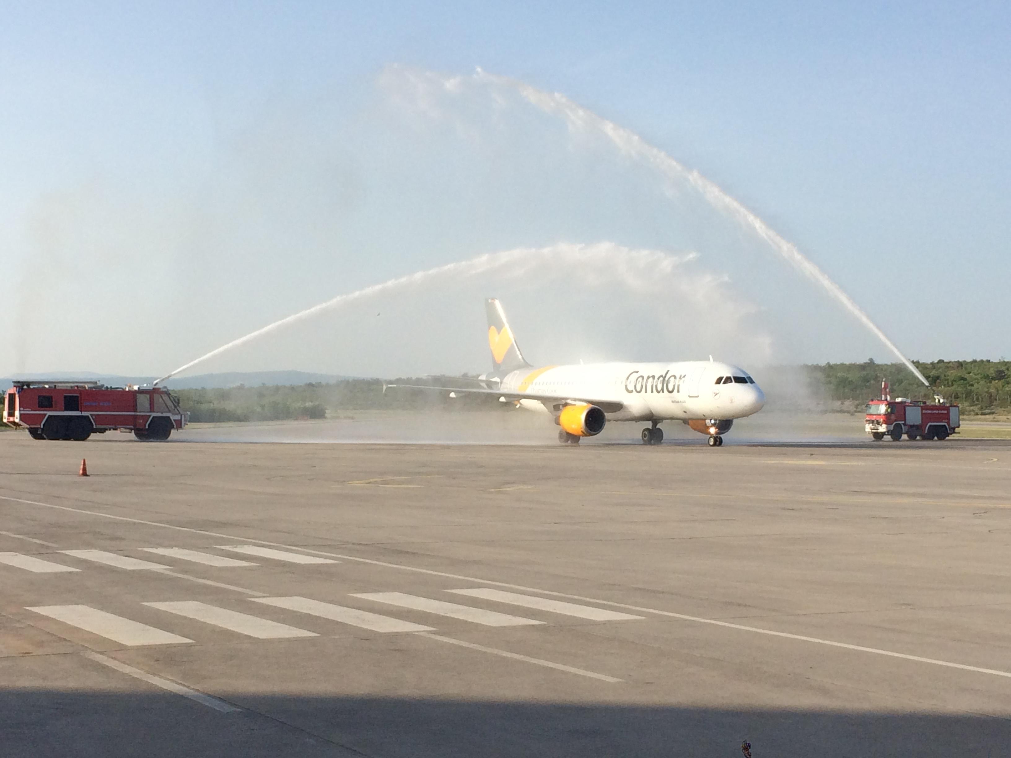 Svečani doček dolaska prvog zrakoplova aviokompanije Condor!